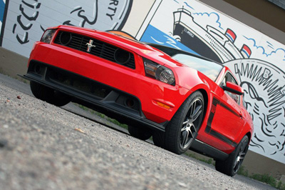 Ford Racing добавил мощности масл кару Mustang Boss 302